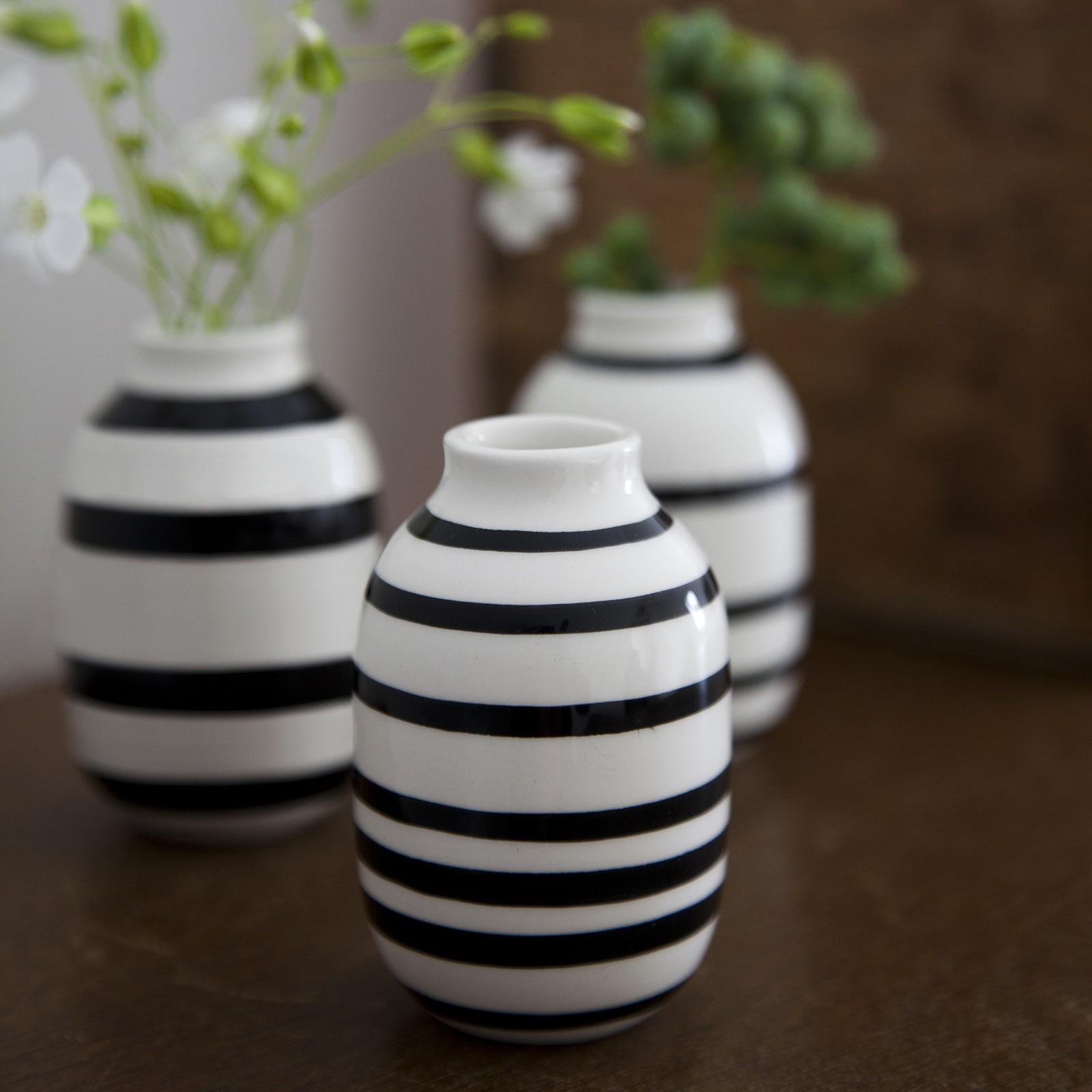 omaggio-vase-sort-miniature-2_1